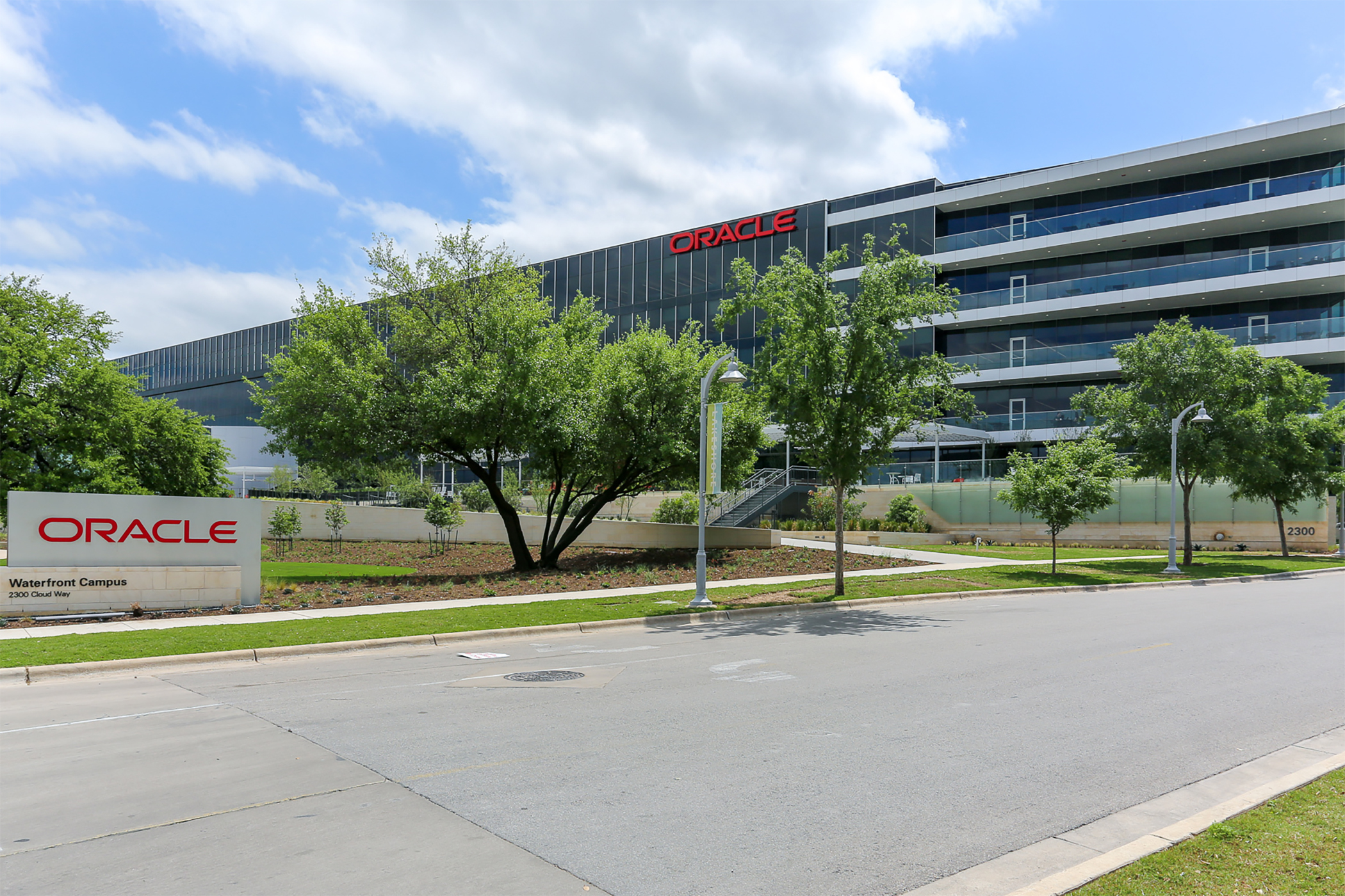 Oracle has changed its headquarters from Redwood City, California, to Austin, Texas, reflecting a more flexible employee work location policy. (CoStar)